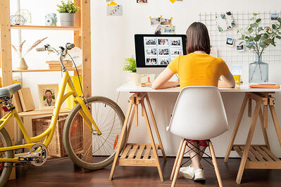 Working from home_123934574_s